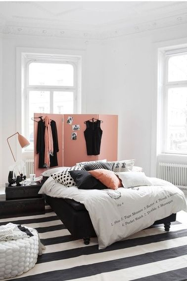une chambre noir et blanc pour ado fille. Black Bedroom Furniture Sets. Home Design Ideas