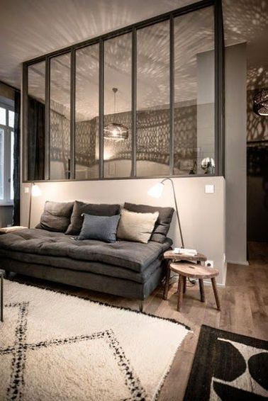 une d co cocooning pour se reposer dans le salon. Black Bedroom Furniture Sets. Home Design Ideas