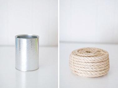 Pour réaliser un joli vase unique afin de sublimer votre déco intérieure avec des fleurs, utilisez une boite métallique de récup et une belle corde solide !
