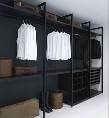 un dressing pas cher en bois peint en noir. Black Bedroom Furniture Sets. Home Design Ideas
