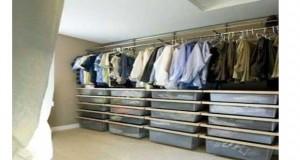 Aménager un dressing soi-même ça permet d'organiser un rangement sur-mesure et c'est pas cher. On vous donne des idées créatives de dressing à faire à prix mini.
