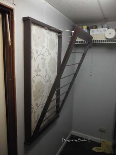 Un tendoir mural faire soi m me pour la buanderie - Refaire sa salle de bain soi meme ...