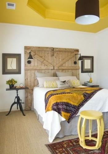 Fabriquer sa t te de lit avec une vieille porte for Tete de lit porte