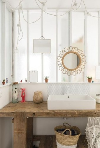 Refaire sa salle de bain avec un plan vasque en bois - Refaire sa salle de bain pas cher ...