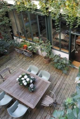 Une Terrasse Boh Me Am Nag E Avec Des Plantes En Pots