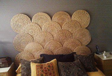 Une tête de lit à fabriquer avec des sets de table tressés