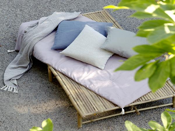 Banquette en bambou pour jardin deco exterieur for Banquette palette exterieure