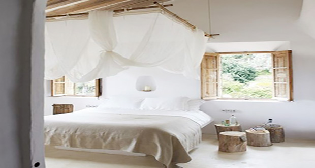 Le ciel de lit pour une d co romantique de la chambre for Idee de deco pour une chambre adulte