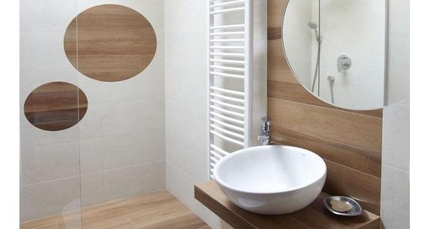 Découvrez et inspirez-vous de ces dix petites salles de bain déco aménagées astucieusement avec des rangements pratiques, aussi jolies les unes que les autres !