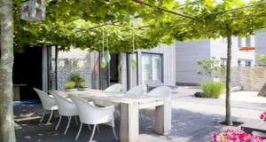 Faites le plein d'idées afin d'aménager une terrasse abritée par de la végétation pour une déco extérieure originale et à l'abris du vis à vis dans le jardin
