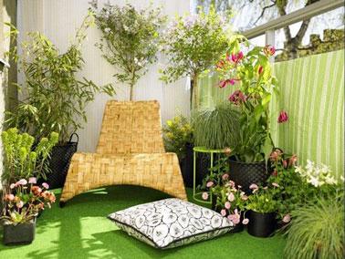 d co de balcon pimpante gr ce la couleur deco cool. Black Bedroom Furniture Sets. Home Design Ideas