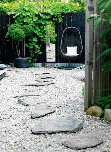 pas japonais pour am nager une all e d co dans le jardin. Black Bedroom Furniture Sets. Home Design Ideas