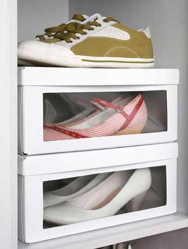 Rangement chaussures pas cher dans bo tes de r cup - Boite plastique transparente ikea ...