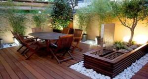 Faites le plein d'astuces déco afin d'aménager votre petite terrasse de manière originale pour des moments inoubliables à l'extérieur aux beaux jours !