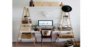 Déco Cool vous propose un DIY déco de bureau à fabriquer de manière originale avec des échelles en bois idéal en bureau pour le salon ou la chambre