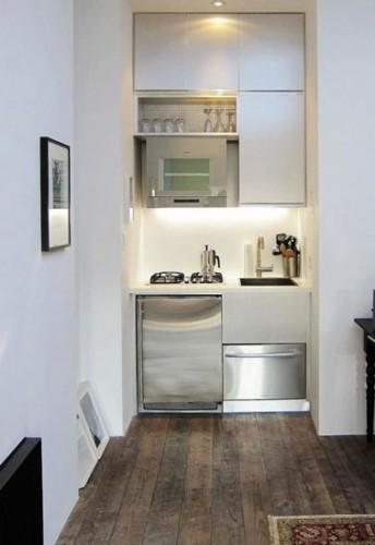 une kitchenette moderne am nag e dans un placard. Black Bedroom Furniture Sets. Home Design Ideas