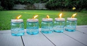 Un lampion à la citronnelle, le bon truc dans le jardin ! A la fois anti-moustique naturel et éclairage extérieur, réalisez vous-même des lampions sympa