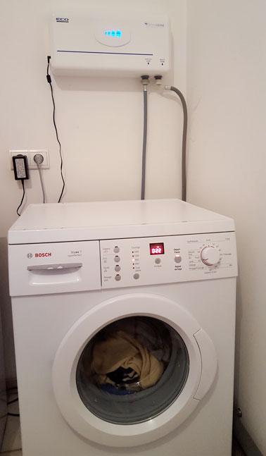 la machine laver l eau ozon e reli e l eco laundry. Black Bedroom Furniture Sets. Home Design Ideas