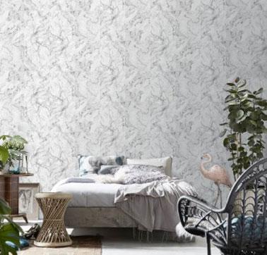 Du papier peint marbre Koziel en déco chambre