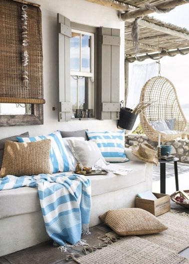 6 terrasses cosy pour profiter de l 39 t d co cool for Canape bord de mer