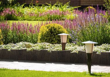 Bordure nortene d co imitation bois pour jardin - Deco massif exterieur ...