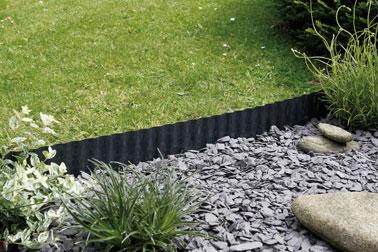 Une bordure pratique et d co pour am nager le jardin for Bordure de jardin en palette
