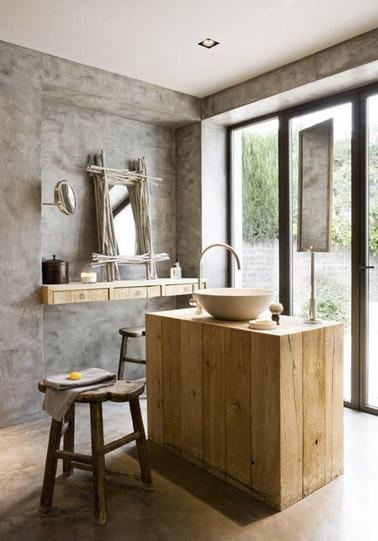D co salle de bain en bois et b ton cir - Beton cire sur mur salle de bain ...