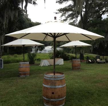Faire un pied de parasol original avec un tonneau for Pied de table original