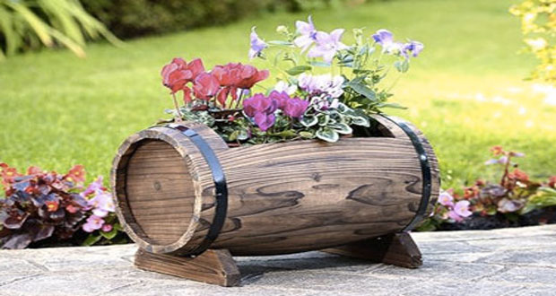 decoration jardin tonneau 10 stunning flower pot ideas