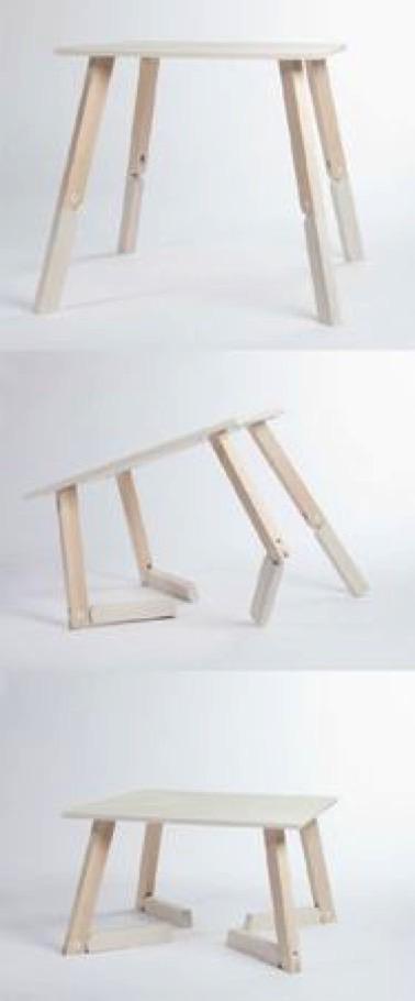 Voilà une table pratique simple et déco qui fera bien des heureux ! En bois, cette table haute est facilement modulable en table basse grâce à ses pieds pliables !