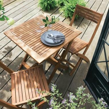 Bien choisir le mobilier de jardin pour un coin d tente d for Table exterieur jardiland