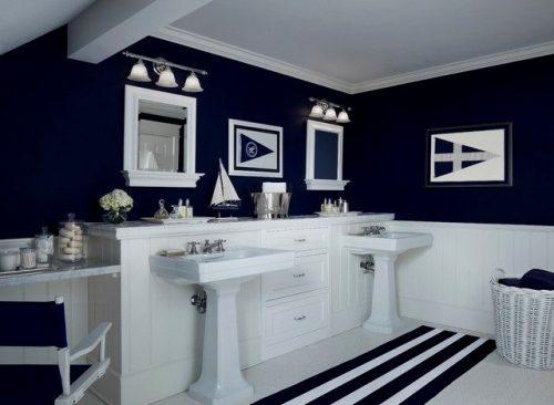 salle de bain dynamique grâce à la couleur charbon