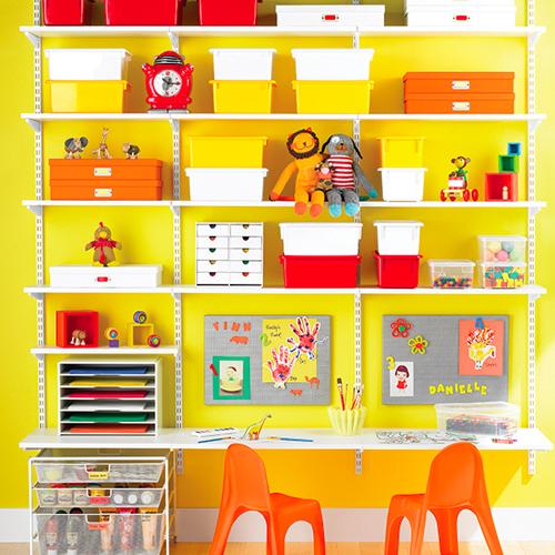 bureau étagère fixé au mur pour tout petit
