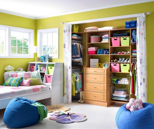 un aménagement de chambre d'enfant